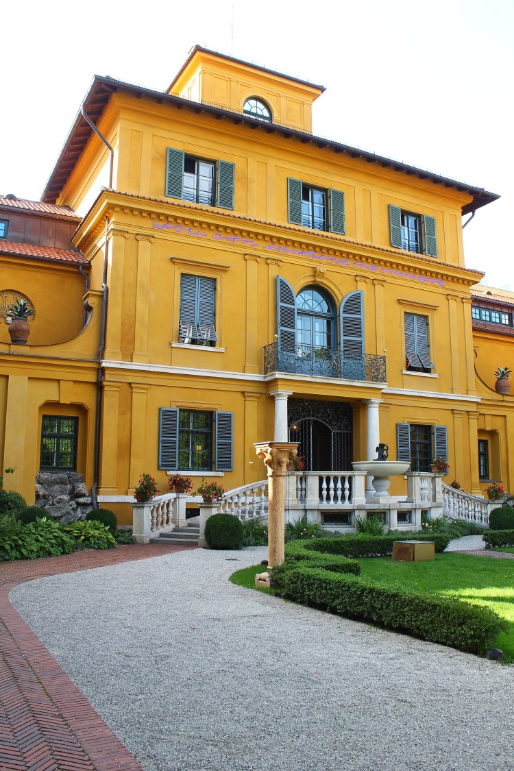 laura-herz-blogger-munich-lenbachhaus