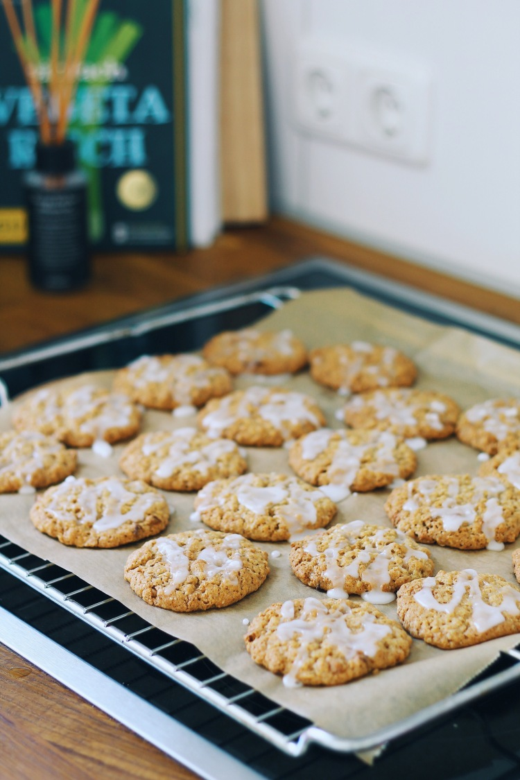 Apple Caramel Oat Cookies with Icing