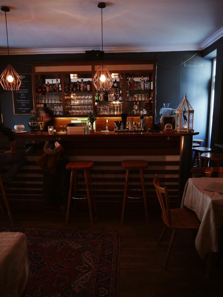 Holzkranich Bar